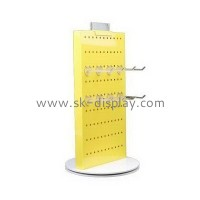 How to identify the quality of plexiglass display stand?