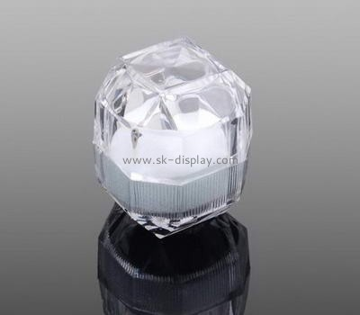 Acrylic jewelery display box for ring JD-037
