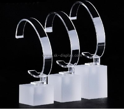 2016 new design unique acrylic block watch display stand with reasonable price JD-063