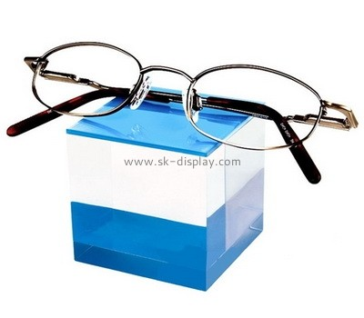 Custom acrylic sunglasses display cube AB-090